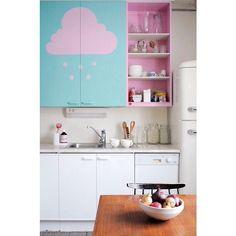 Fofura de cozinha!!! Bom almoço!!! ☁️ #ahlaemcasa #cozinha #fofura #bomalmoço