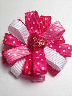 Valentine's Day Hair Bow Clip - Hearts & Dots Red - Great for Little Girls and American Girls on Etsy Diy Hair Bows, Making Hair Bows, Ribbon Hair Bows, Diy Bow, Bow Hair Clips, Bow Clip, Diy Accessoires, Diy Hair Accessories, Girls Bows