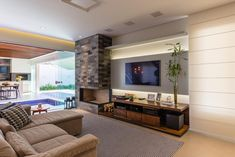 Basement Fireplace, Modern Fireplace, Fireplace Design, Home Bedroom, Bedroom Decor, Modern Family Rooms, Living Room Tv, Cuisines Design, Design Moderne