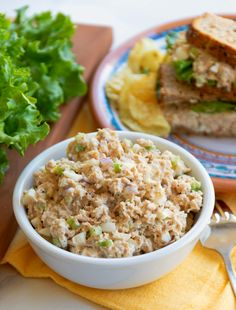 All Time Best Tuna Salad is simple to make! Make with tuna, celery, onion, eggs and mayonnaise then seasoned perfect. This will become your go-to recipe for the All Time Best Tuna Salad! Tuna Macaroni Salad, Tuna Salad Pasta, Pasta Salad Italian, Seafood Salad, Chicken Salad, Tuna Recipes, Salad Recipes, Dinner Recipes, Cooking Recipes