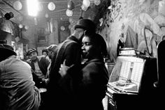 Bruce Davidson - Blues bar in Chicago's South Side, Chicago. 1962