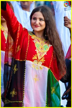 Evening dress dubai national day