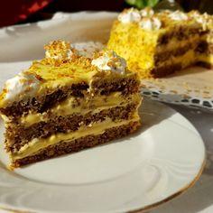 Reteta Tort cu blat de nuca si crema de vanilie cu mascarpone Romanian Desserts, Romanian Food, Tiramisu, Biscuits, Food And Drink, Sweets, Diet, Homemade, Cookies