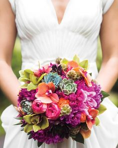 Tropical Touch - 24 Best Spring Wedding Bouquets