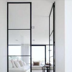 253 отметок «Нравится», 6 комментариев — Lawson Robb (@lawson_robb) в Instagram: «Simplicity  #doors #doorway #interior #texture #details #interiordesign #interiors #design…»