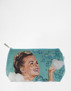 Image 1 ofCatseye Bubble Bath Wash Bag