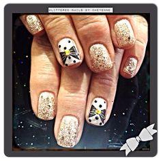 #gelnails #glitternails #bownails #nailart #newyearsnails