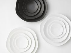 This minimalist plate set from Japanese firm Metaphys bags our Product Of The Week Award for its sheer simplicity and beauty in design. Called Fueille, the set looks at beautiful forms found in nature for inspiration and looks to break away from the monotony of mass produced circular flatware. You can get it for $188 from Amazon here: Fueille Plate Set