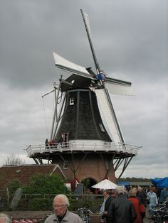 Old Windmills, Amazing Nature, Holland, Scenery, Fair Grounds, City, Travel, Windmill, Europe