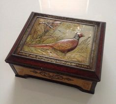 Vintage Huntley & Palmers Pheasant Tin. Vintage Biscuit Tin