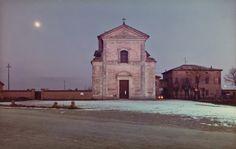 Luigi Ghirri, Cittanova, La via Emilia, 1985