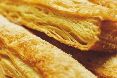 Learn how to make your own puff pastries Strudel, Chefs, Easy Cooking, Apple Pie, Health Tips, Banana, Ethnic Recipes, Desserts, Puff Pastries
