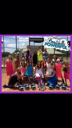 A softball group pictures..... Cute