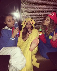 @/leigh_love_life: Aww these girls  #JapaneseKareokeNights Jesy we miss you!!!  X