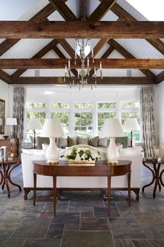 Cozy farmhouse living room decor ideas (58)