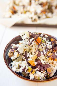 Recipe: Chocolate & Pistachio Popcorn Trail Mix — Recipes from The Kitchn Trail Mix Recipes, Snack Recipes, Party Recipes, Egg Recipes, Fall Recipes, Recipies, Quick Snacks, Healthy Snacks, Vegan Snacks