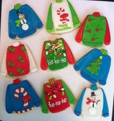 tacky christmas sweater cookies - Emma Lee home Christmas Cookie Exchange, Christmas Sugar Cookies, Holiday Cookies, Christmas Baking, Felt Christmas, Holiday Treats, Christmas Treats, Ugly Sweater Cookie, Tacky Christmas Sweater