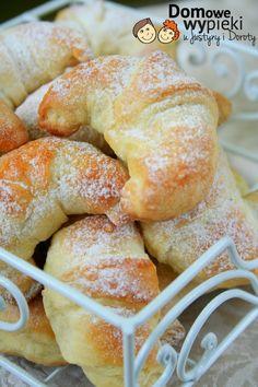 rogaliki półfrancuskie Polish Desserts, Polish Recipes, Polish Food, Croissants, Homemade Sweets, Traditional Cakes, Bread Cake, Dessert Drinks, Holiday Desserts