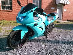2012 Kawasaki Ninja 250R Tiffany Blue With Diamond Dust. Smoked Headlight & Smoked Windscreen. HID's Headlights.