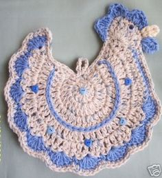 """crochet rooster free pattern using Lily Sugar 'N Cream Cotton (or similar """"cotton"""" brands) Topic: Chicken hotpad /Potholder (scroll down a bit to pattern image/diagram"""