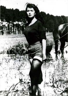 Silvana Mangano in Bitter Rice - Guiseppe di Santis (1949)