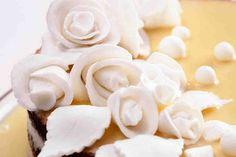Ozdoby do tortów z masy cukrowej - wypróbuj sprawdzony przepis. Odwiedź Smaczną Stronę Tesco.
