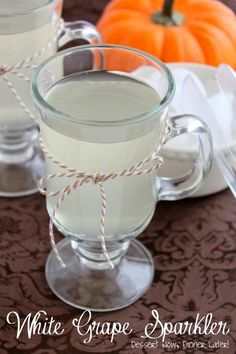 White Grape Sparkler - The perfect family friendly drink that will NOT stain your kids' clothes & takes only 2 ingredients to make! | DessertNowDinnerLater.com #drinks #nonalcoholic #punch