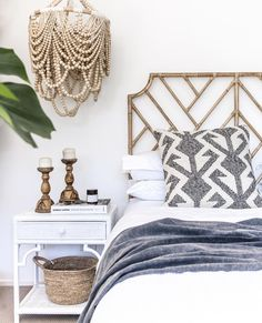 🌟Tante S!fr@ loves this📌🌟 One of our gorgeous bedrooms styled by Pendant by Bedhead and side table by Bedroom Themes, Bedroom Styles, Home Decor Bedroom, Master Bedroom, Bedroom Ideas, Tranquil Bedroom, Bedroom Inspo, Interior Design Inspiration, Home Decor Inspiration