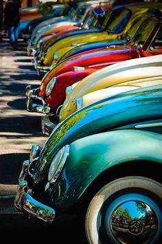 Vintage Motorcycles Classic Volkswagen Car Show - Sandy Lake in TX - xxxxx Dream Cars, My Dream Car, Vw Bus, Van Vw, Kdf Wagen, Vw Vintage, Vintage Ideas, Vintage Trucks, Vintage Green