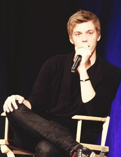 Jake Abel, I love him so much!!!!!!