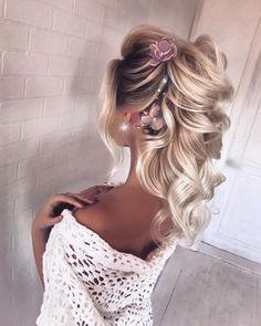 hair veils hair and makeup cost hair styles for shoulder length hair hair pin hair vine wedding hair for wedding hair hair to side Wedding Hairstyles For Long Hair, Fancy Hairstyles, Ponytail Hairstyles, Down Hairstyles, Hair Wedding, Vintage Hairstyles, Natural Hairstyles, Boho Wedding, Medium Hair Styles