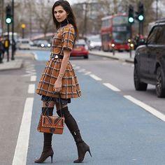 Checks On The Cycle Lane •  Photo by #Dvora #Fashionistable •  www.dvora.photography  #DoinaCiobanu @doina #LFW #FashionWeek #StreetStyle #Fashion #Mode #Moda #Style #StreetChic #StreetFashion #MBFW #NoFilter