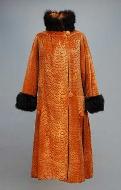 Lot: 647: MOIRE VELVET COAT with FUR TRIM, c. 1920. Toffee v, Lot Number: 0647, Starting Bid: $70, Auctioneer: Charles A. Whitaker Auction Co., Auction: Couture, Vintage Clothing & Textile Auction, Date: April 28th, 2012 CEST