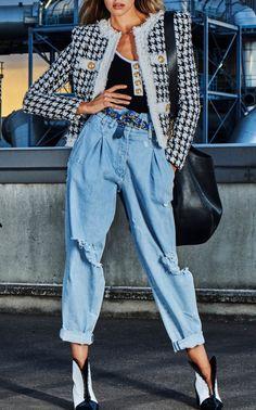Houndstooth Straight Jacket by BALMAIN for Preorder on Moda Operandi New Look Fashion, Pop Fashion, Denim Fashion, Fashion Looks, Fashion Trends, Paris Fashion, Winter Fashion Outfits, Chic Outfits, Autumn Fashion