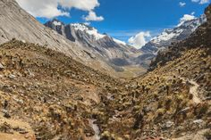 Sierra Nevada, States In America, One Image, Countries Of The World, Geography, Mount Everest, Mountains, Country, Big