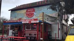 Seattle's Retro Restaurants - On the Road With Roger