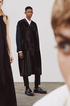 Jil Sander Resort 2018 Collection Photos - Vogue