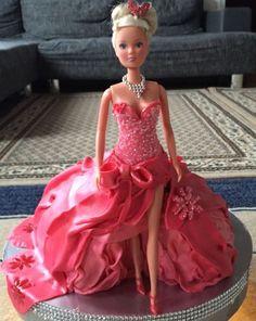 Walking doll cake