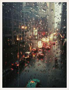 Rain on window panes via Grey van der Meer at flickr.com