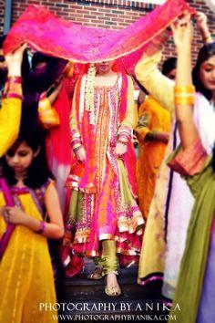 Latest Mayun & Mehndi Dresses for Bride-- Laal (the wedding magazine) Mehndi Dress For Bride, Bridal Mehndi Dresses, Mehndi Outfit, Mehndi Brides, Pakistani Wedding Dresses, Pakistani Mehndi, Pakistani Bridal Wear, Mehendi, Indian Bridal
