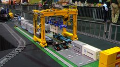 Technic Delicatessen: Lego Technic Container Crane