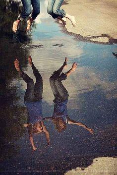 Salten de alegría. | 37 ideas fotográficas increíblemente divertidas con tu mejor amiga