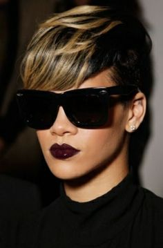 Rihanna is Bad Ass. This is Definitely One of My Hairstyle Choices I'm thinking of when I Decide to Cut My Hair. Black Women Short Hairstyles, Cute Hairstyles For Short Hair, Short Hair Cuts, Short Hair Styles, Short Pixie, Short Wavy, Ladies Hairstyles, Cut Hairstyles, Hairstyle Ideas