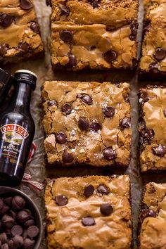 Chocolate Chip Cookie Bars, Chocolate Chip Oatmeal, Brownie Bar, Just Desserts, Delicious Desserts, Dessert Recipes, Brownie Recipes, Brownies, Baking Basics