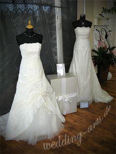 Bei Wedding Arts  More ist unsere Brautkleidbox STRIPES WHITE  GOLD ausgestellt.  www.boxboutique.de www.wedding-arts.de #Brautkleidbox #BoxBoutique #WeddingDressBox