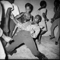 Black is beautiful Photographe Malick Sidibé