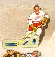 Vintage Metal Hockey Detroit Redwings Player Brooch by SouleArt Hockey Games, Hockey Players, Vintage Metal, Vintage Toys, Detroit Red Wings, Game Pieces, Cool Toys, Hot Wheels, Old School