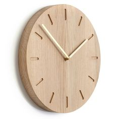 Shop Applicata Watch Out eg messing her. Wall Clock Oak, Diy Clock, Wood Clocks, Deco Luminaire, Wall Watch, Kitchen Clocks, Modern Clock, Cnc Projects, Wooden Watch