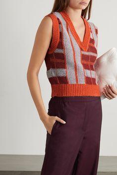 Fashion Advice, Fashion News, Vintage Trends, Mcq Alexander Mcqueen, Knit Fashion, Red Sweaters, Autumn Fashion, Spring Fashion, Knitwear