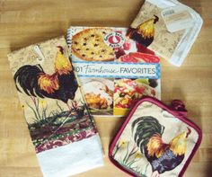 101 Farmhouse Favorites from #GooseberryPatch plus these adorable farmhouse dishcloths, potholders and dishtowel.  #giveaway